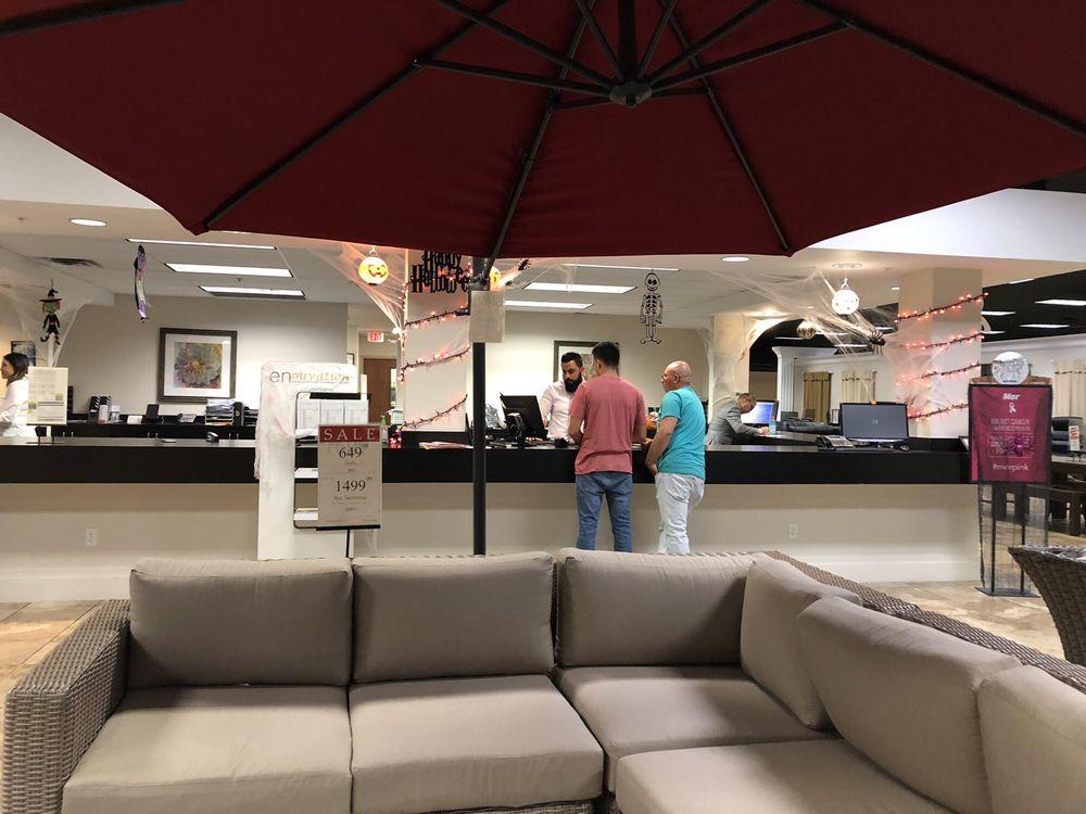Mor Furniture For Less Fresno Showroom, Mor Furniture For Less Fresno Ca